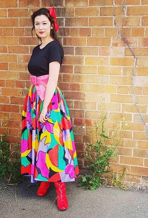 Las mejores tendencias de la moda de los años 80: falda larga vintage
