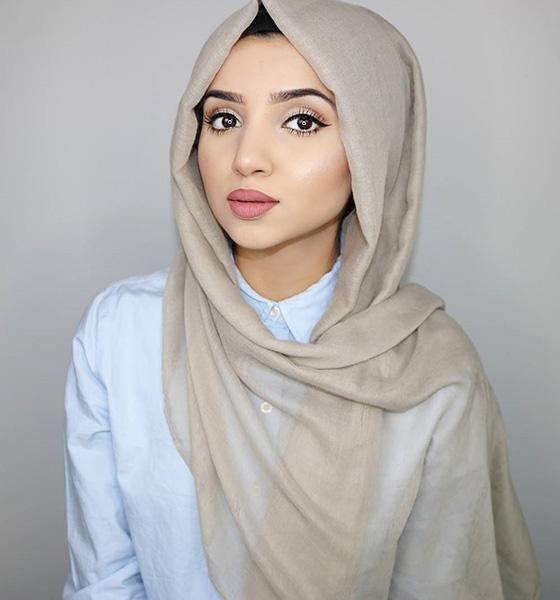Estilo Hijab para cara triangular